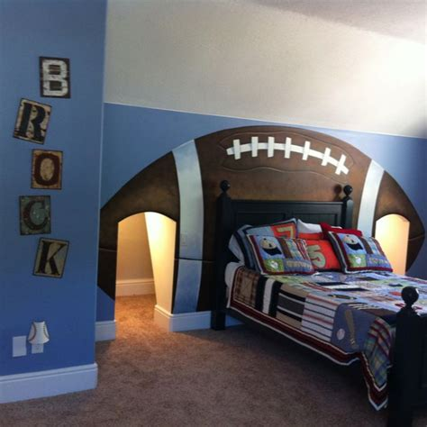 boys bedroom ideas football best 25 boys football room ideas on pinterest football