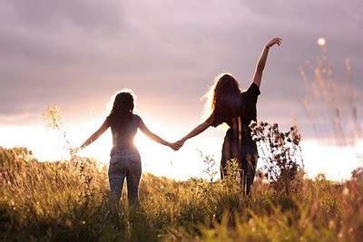 imagenes alegres de amigos frases alegres para dedicar a tus amigos