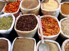 File spices in an indian market jpg wikipedia