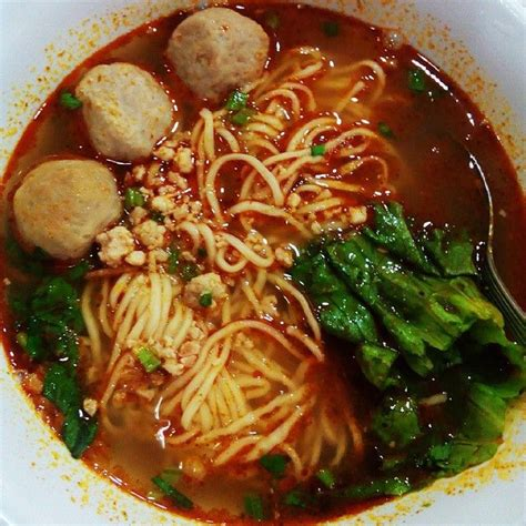 membuat mie rebus jawa mie kuah bakso rasa tom yum hot and sour thailand