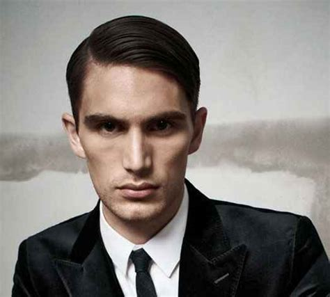 haircuts for men with big foreheads what experts suggest on hairstyles for men with large