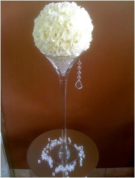 Flower Arrangements In Martini Glass Vases by 1000 Images About Glass Flower Arrangements On Centrepiece Wedding Floral