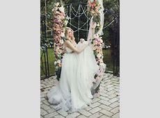 43 Delicate Spring Garden Wedding Ideas - Weddingomania Rose Petals And Candles Ideas