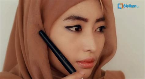 tutorial makeup muka berminyak tutorial makeup natural muka bulat mugeek vidalondon