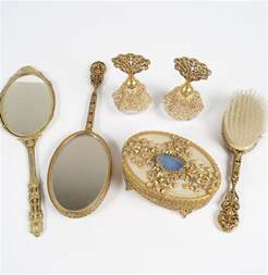 collection of vanity items ebth