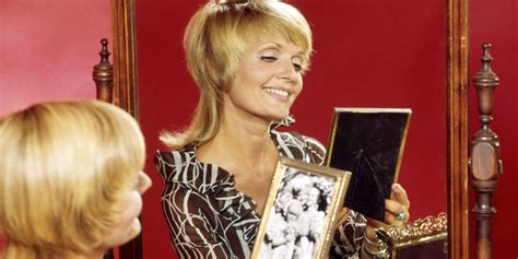 florence henderson new haircut brady bunch mom haircut haircuts models ideas