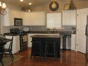 White Kitchen Cabinets With Black Island White Kitchen Cabinets Amp Black Island