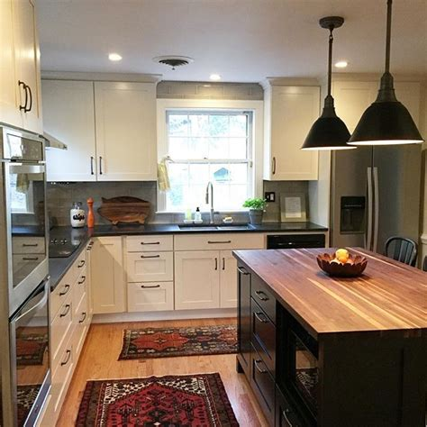 white kitchen island with butcher block top 25 best ideas about butcher block island on pinterest