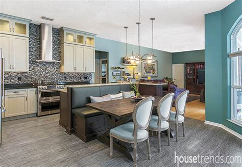 Kitchen Island With Banquette by Kitchen Island And Attached Banquette Center Stage