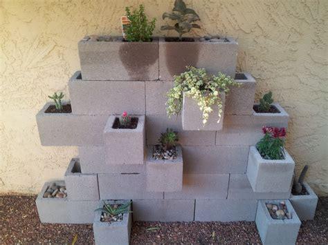 Cinder Block Patio by Cinder Block Planter For Apartment Patio Apt Ideas