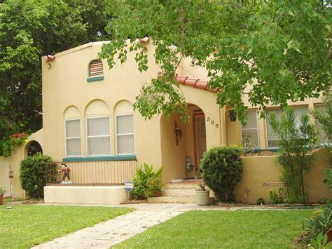 1925 Mediterranean Revival in Kissimmee, Florida