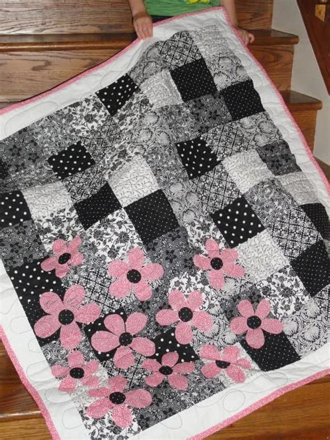 Beginners Patchwork Patterns - easy beginner quilt pattern quilts galore
