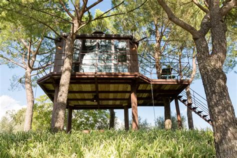 the canopy treehouses 7 spectacular treehouses to stay in this summer the spaces