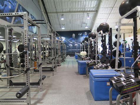 img academy weight room img academy 2
