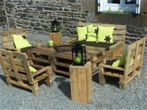 amazing uses for pallets 28 pics