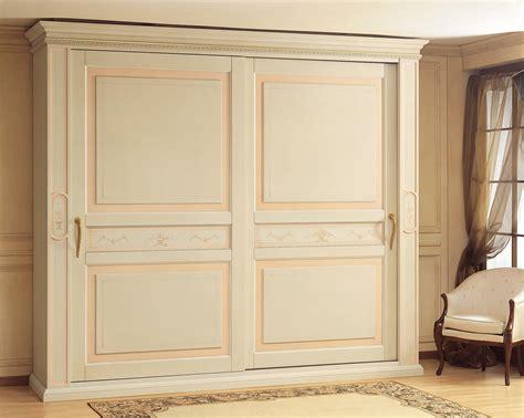 armadi classici scorrevoli armadio classico canova ante scorrevoli vimercati meda