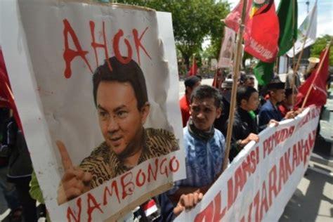 detiknews indonesia hari ini ahok dianggap nistakan agama ribuan orang demo ahok hari ini