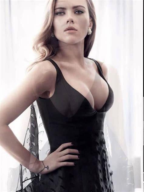 How To Remove A Vanity Scarlett Johansson Cleavy Adds In Vanity Fair Magazine