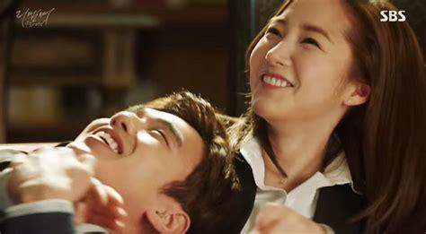 yoo ah in và shin se kyung drama h 224 n tuần qua yoo ah in trao shin se kyung nụ h 244 n