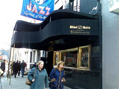 blue nyc file the blue note nyc 2008 jpg wikimedia commons