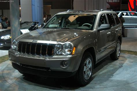 how it works cars 2005 jeep grand cherokee instrument cluster 2005 jeep grand cherokee image https www conceptcarz com images jeep jeep grand cherokee nyc