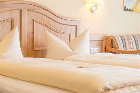 gruibingen deutsches haus landgasthof hotel deutsches haus a8 ulm stuttgart