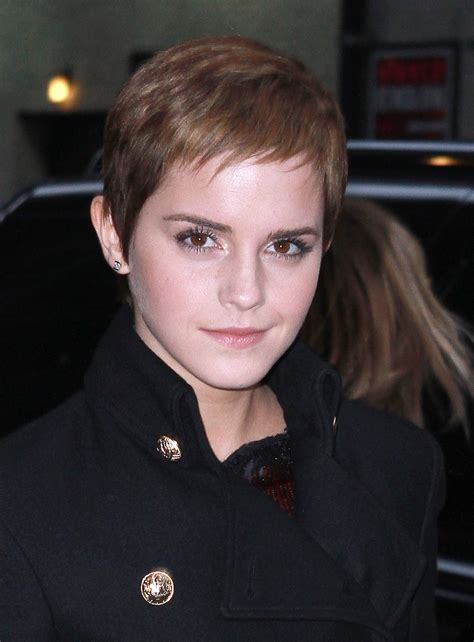 emma watsons super short hairstyle stylecaster