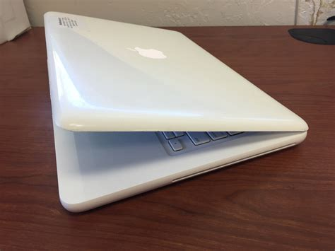 Macbook White apple macbook 2 4 ghz mc516ll a 13 3 inch laptop white