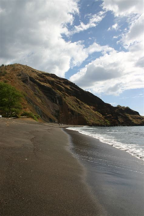 beach black sand one uli black sand beach maui guidebook