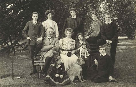 a history and genealogy of the family of baillie of dunain dochfour and lamington with a sketch of the family of mcintosh bulloch and other families classic reprint books telford wrekin residents invited to discover family history