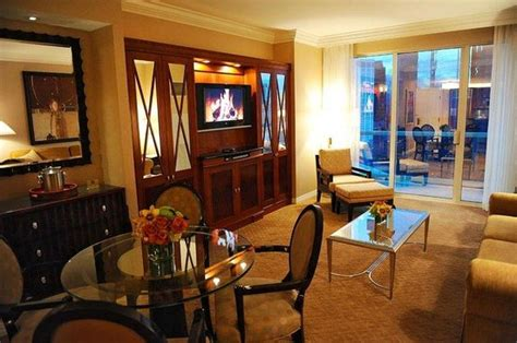 signature one bedroom balcony suite mgm signature one bedroom balcony suite bedroom at real