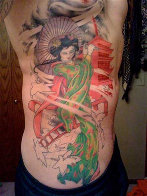 fotos de tatuagens na costela masculinas e femininas