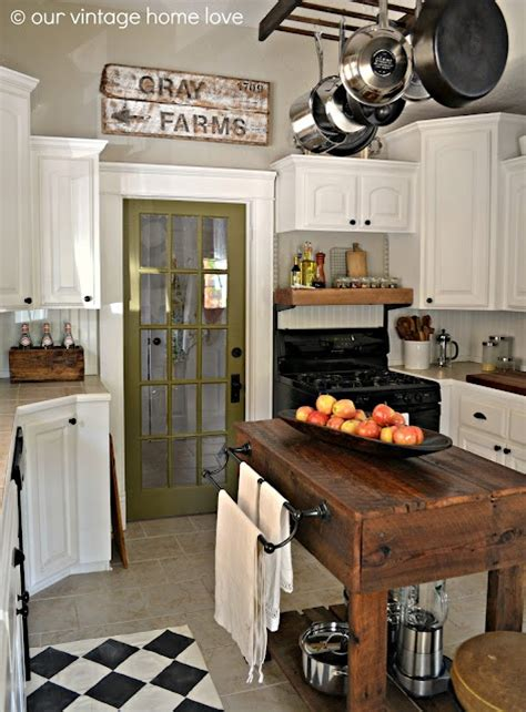 Farmhouse Kitchen Island Fabulous Farmhouse Kitchens A Trending Style In Elements The Cottage Market