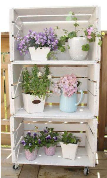 decorar cajas de madera de frutas 18 ideas originales para decorar con cajas de frutas
