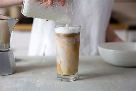 iced latte at home 1912 pike