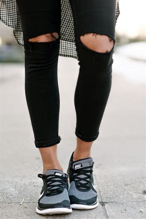 skinny jeans boots on pinterest nautical womens 36 best black skinny jeans your new wardrobe staple