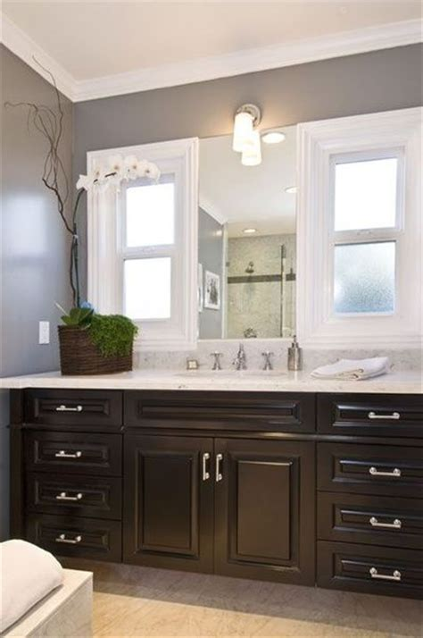jeff lewis design gorgeous bathroom with glossy