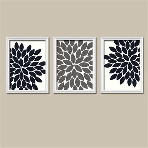 Black And White Bathroom Wall Decor by Black White Grey Wall Bedroom Pictures Canvas Or