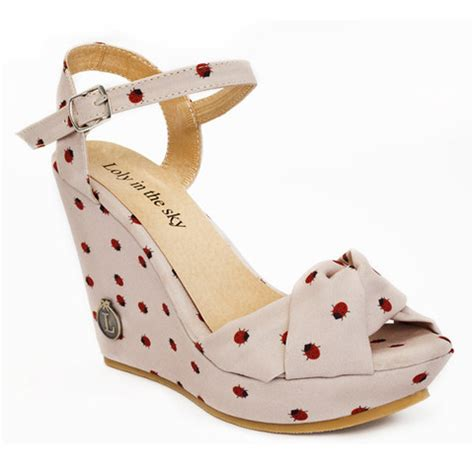 Wedges Loly loly in the sky