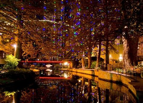 san antonio riverwalk at christmas texas pinterest