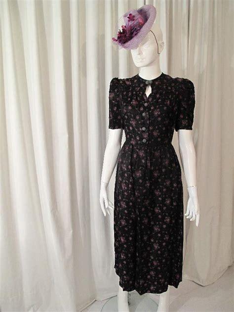 vintage dresses 1940