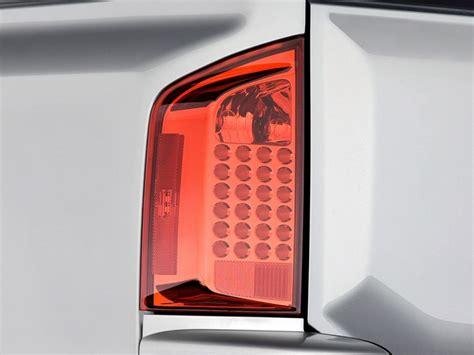 2006 infiniti qx56 tail light image 2010 infiniti qx56 rwd 4 door tail light size