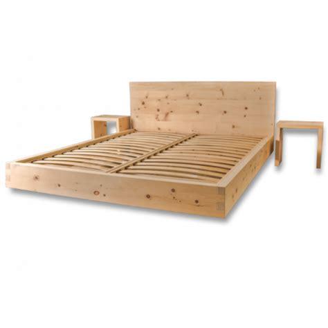 da letto in legno letto in legno massello di cirmolo senza parti metalliche