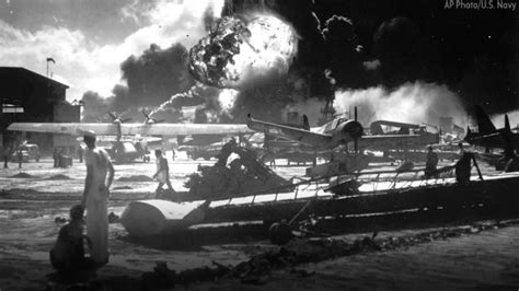 attack on pearl harbor history this day in history pearl harbor attacked 6abc