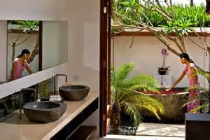 Semi Outdoor Bathroom Bali Luxury Villas