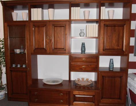 mobili soggiorno classici legno soggiorno alpe ottocento legno pareti attrezzate classico