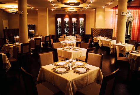 new year nyc restaurants top picks for new year s restaurants in nyc