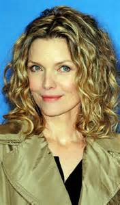 curley above shoulder length hair syles 8 simple curly hairstyles for women over 40