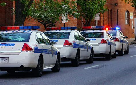 comune di verona ufficio commercio verona polizia municipale sequestrata merce a venditori