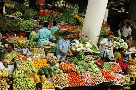 vegetables market panoramio photo of vibrant vegetable market panjim